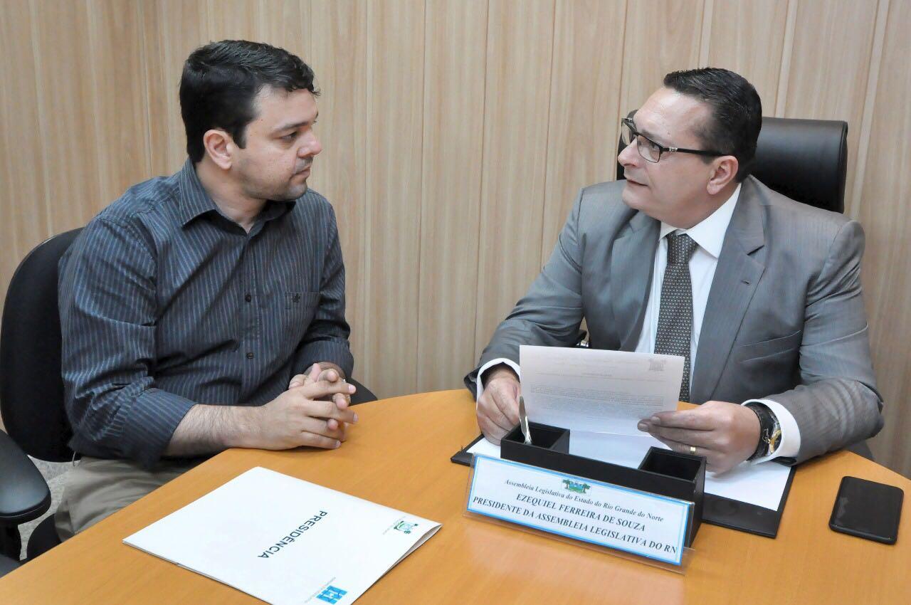Dr Thiago e Ezequiel Ferreira